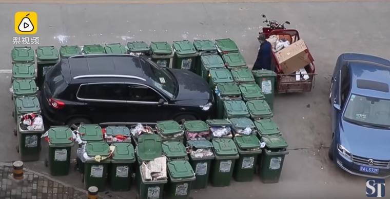 Un éboueur chinois s'est vengé d'un chauffeur qui bloquait toujours son passage
