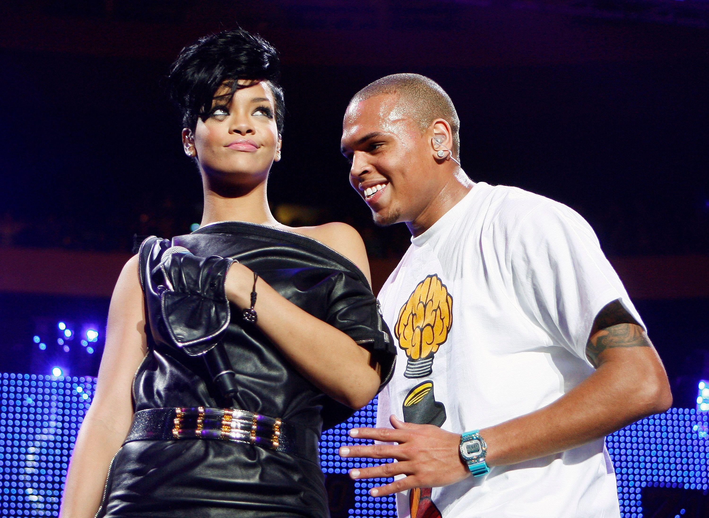 Il y a 3 ans, Rihanna se séparait de Chris Brown après qu'il l'ait frappé.
