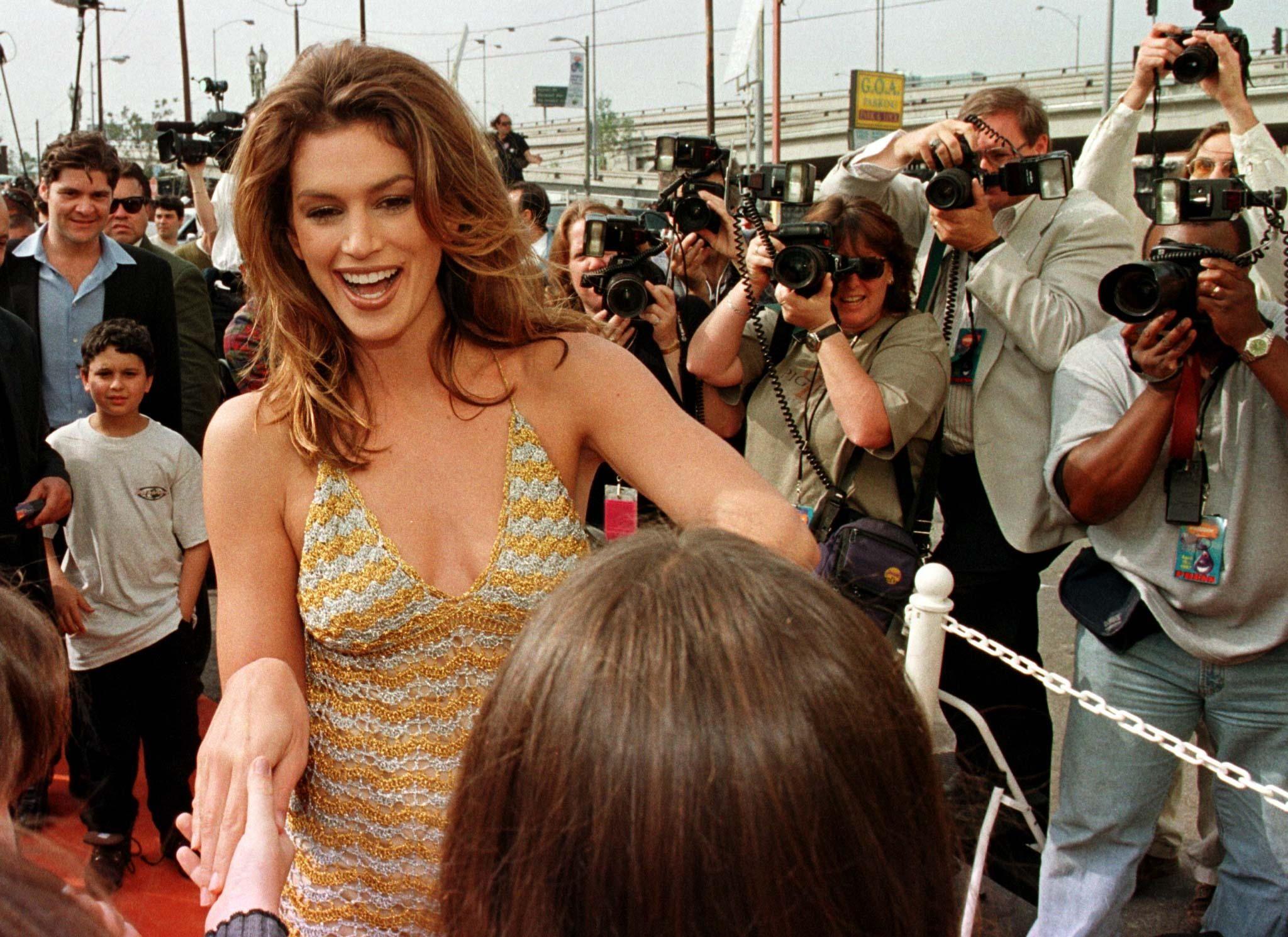 Les top-models correspondent plutôt aux années 1990. Cindy Crawford était une super star...