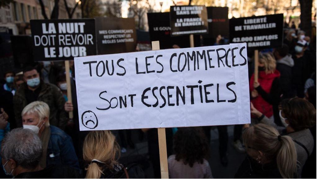 Une manifestation de divers secteurs économiques pour protester contre la fermeture d'entreprises jugées « non essentielles » à Marseille en novembre 2020.