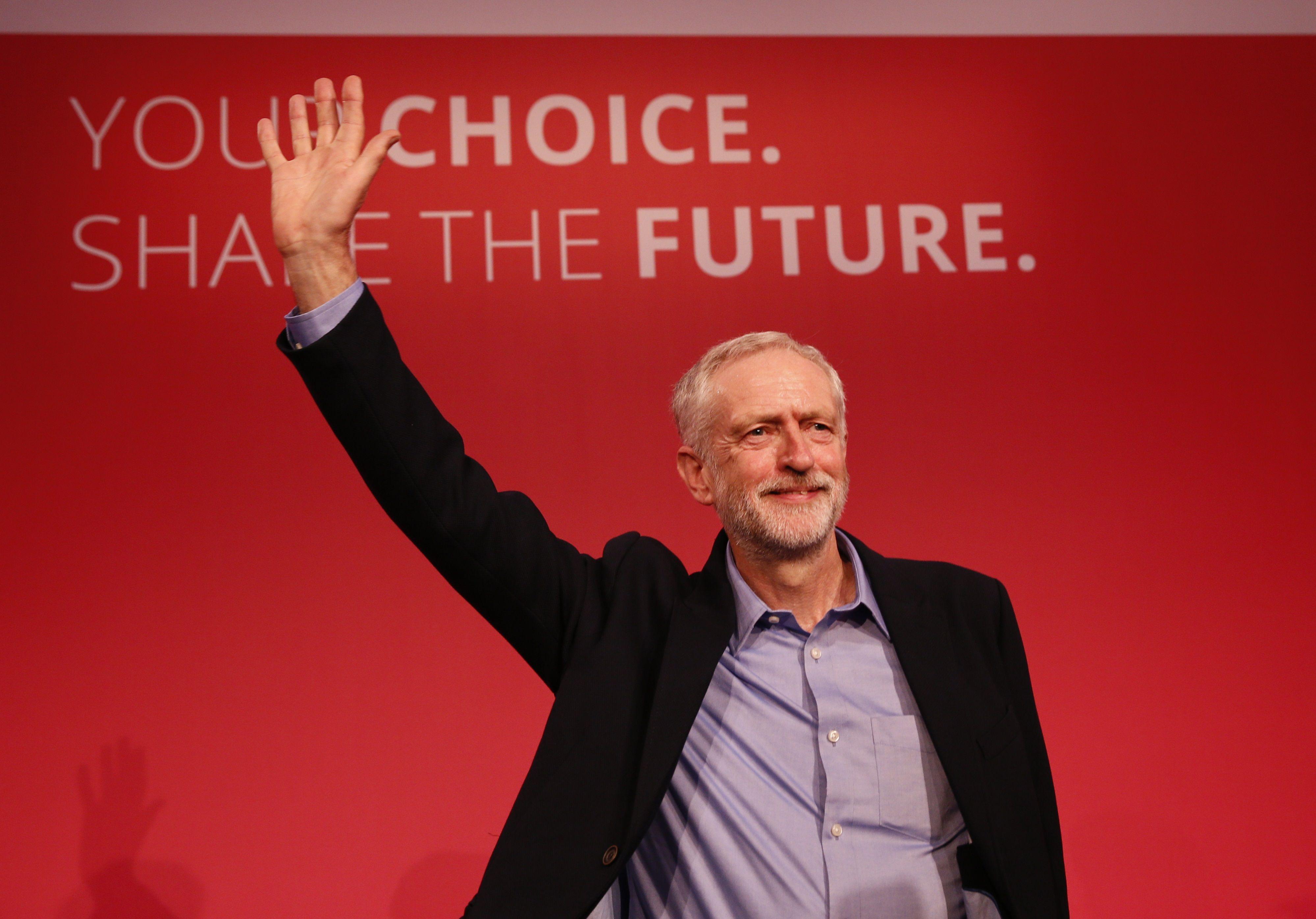 """Royaume-Uni : Jeremy Corbyn et le retour de la """"loony left"""" (ou la """"gauche fofolle"""")"""