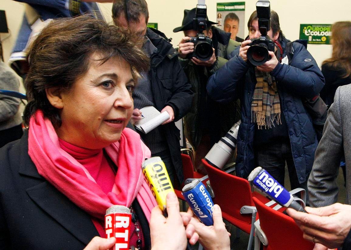 Pour Corinne Lepage, le démantèlement de nos centrales nucléaires coûterait entre 150 et 200 milliards d'euros...