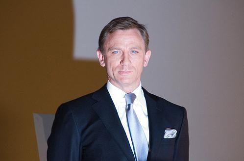 Daniel Craig devient ambassadeur de l'ONU pour l'élimination des mines dans le monde.