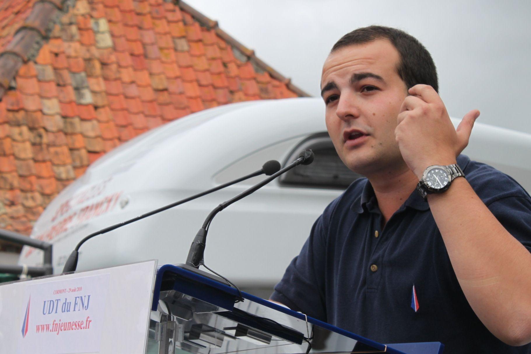 Nicolas Dupont-Aignan rencontre Florian Philippot que David Rachline remplace au FN