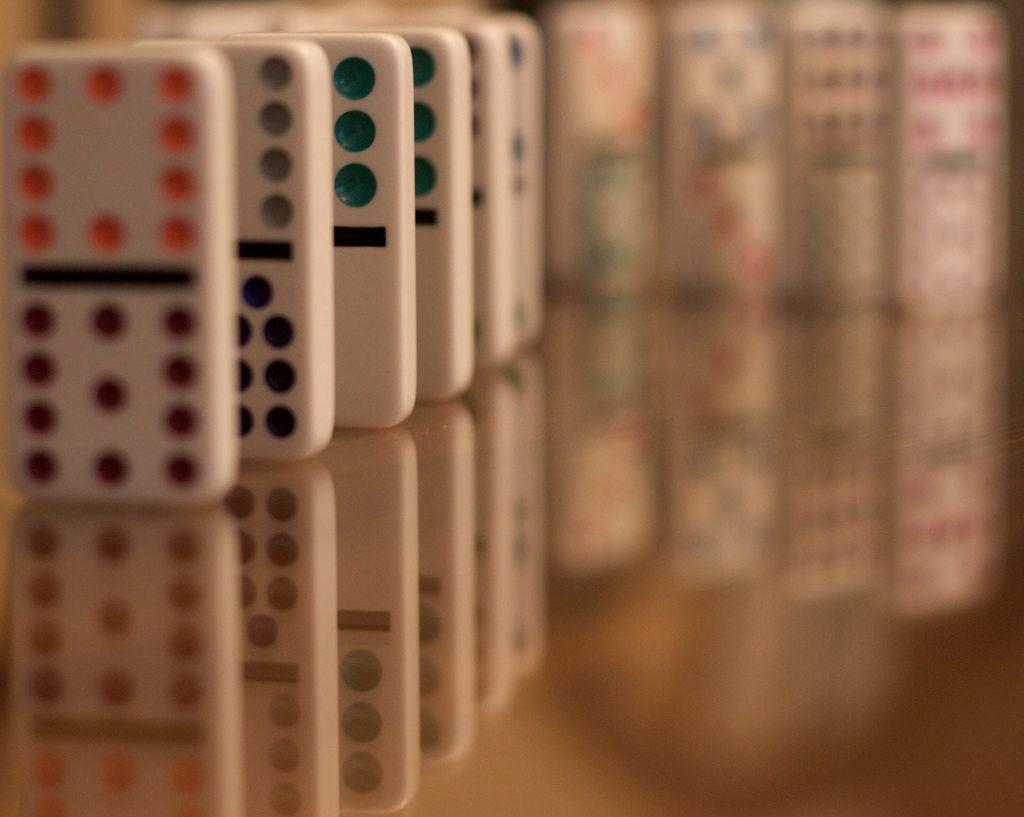 Il suffit d'un domino...