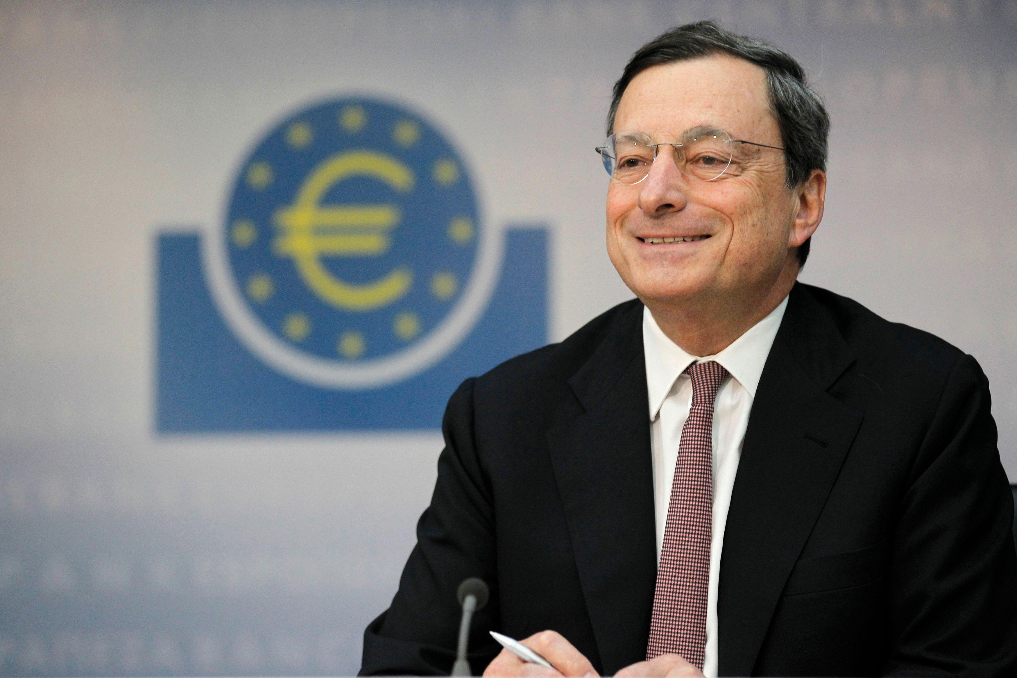 """Le président de la BCE s'est engagé à faire """"tout ce qui est nécessaire pour sauver la zone euro"""". Il sera jugé ce jeudi par les investisseurs."""