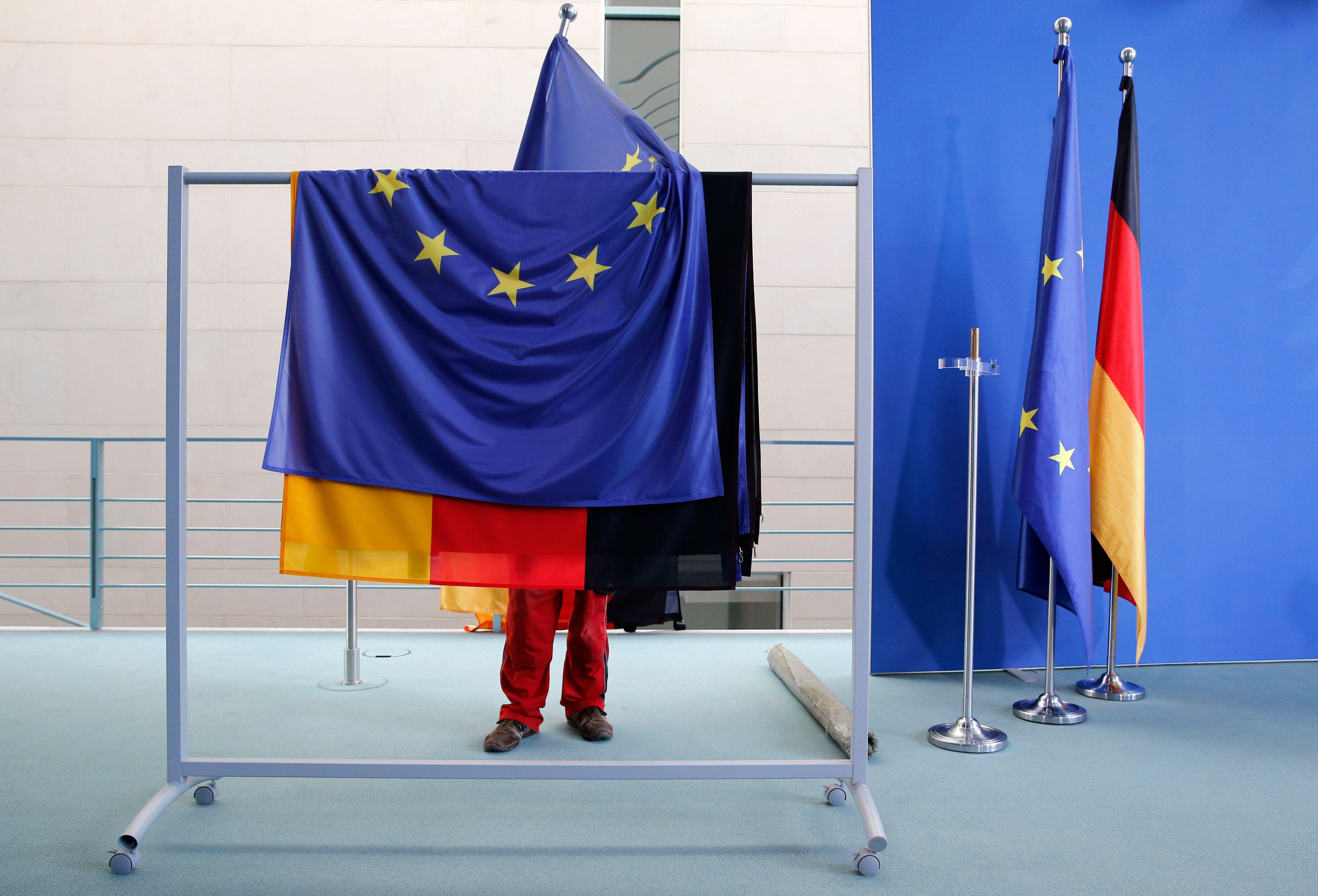 Allemagne : après les marchandages entre les Verts, la CSU et le FDP sur l'immigration et l'écologie, la future coalition se dirige vers un accord a minima