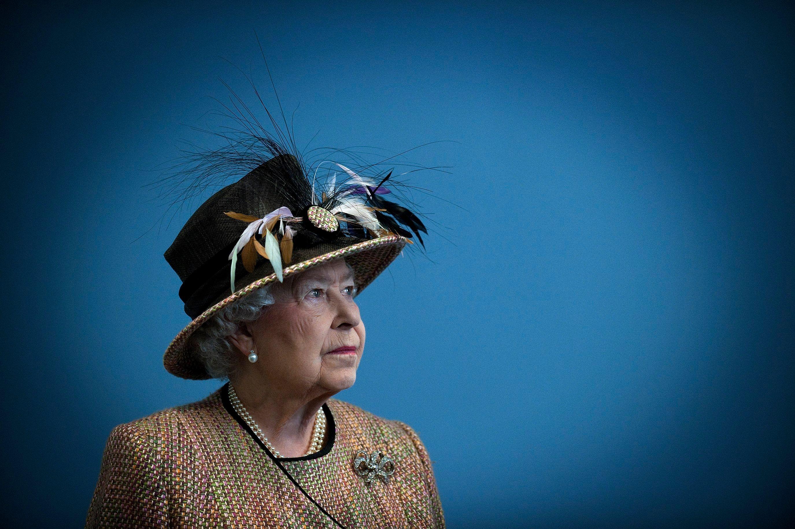Le jour où la reine d'Angleterre a failli être tuée par balle dans les jardins de Buckingham Palace