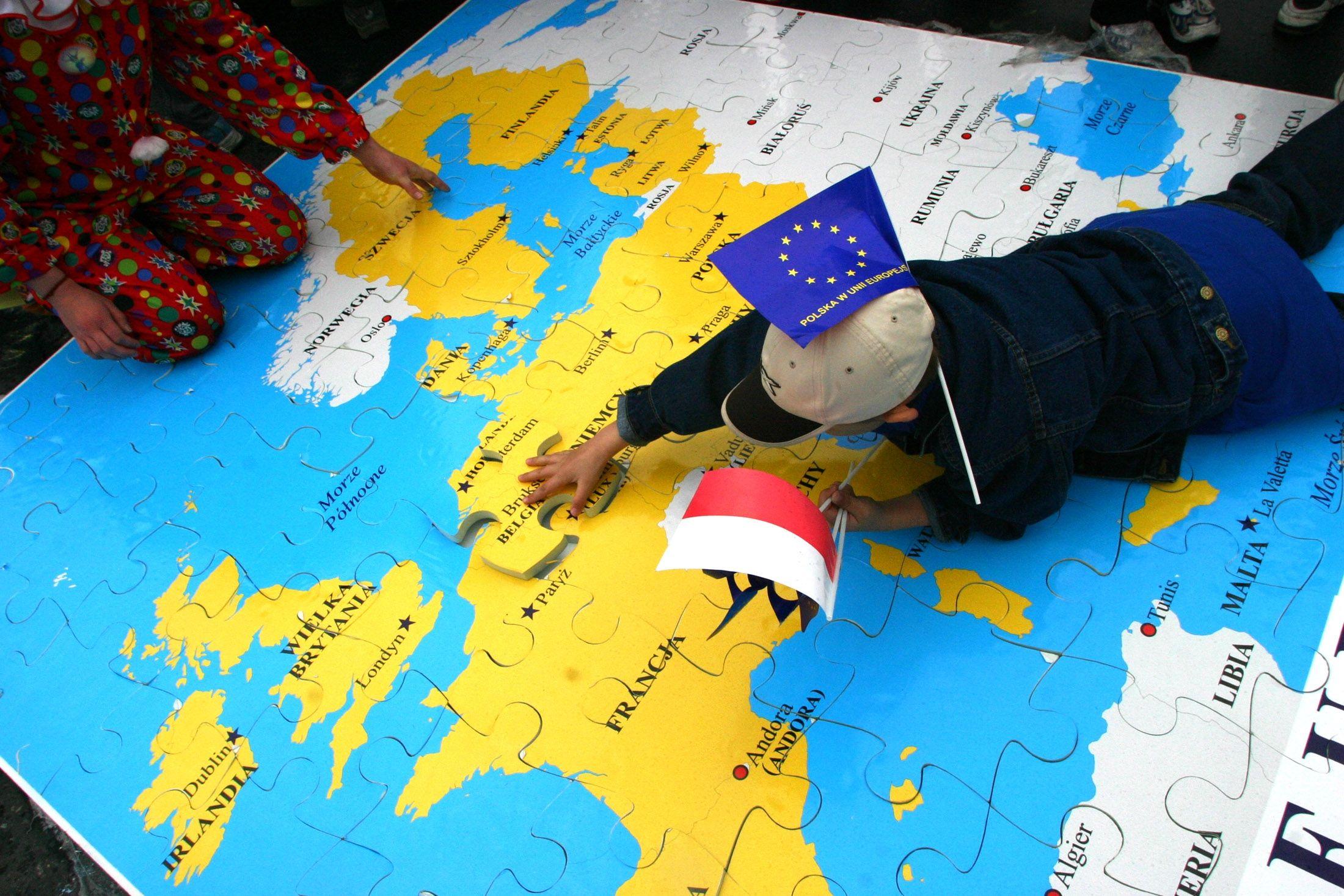 La génération née dans les années 1970 face au défi de la construction de l'identité européenne pour sauver l'Union
