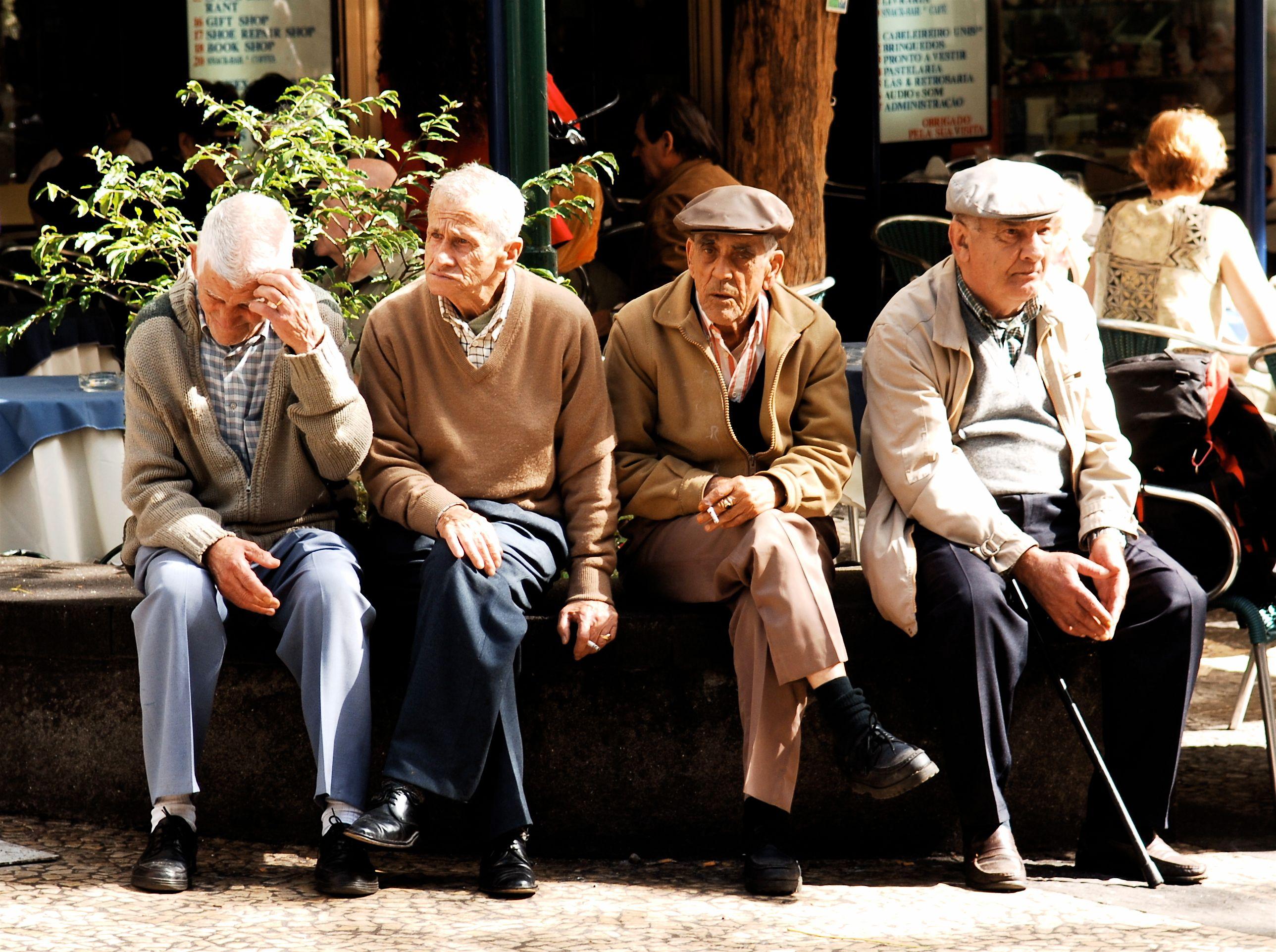 Le vieillissement de la population des pays développés expliquerait-il leur faible croissance ?
