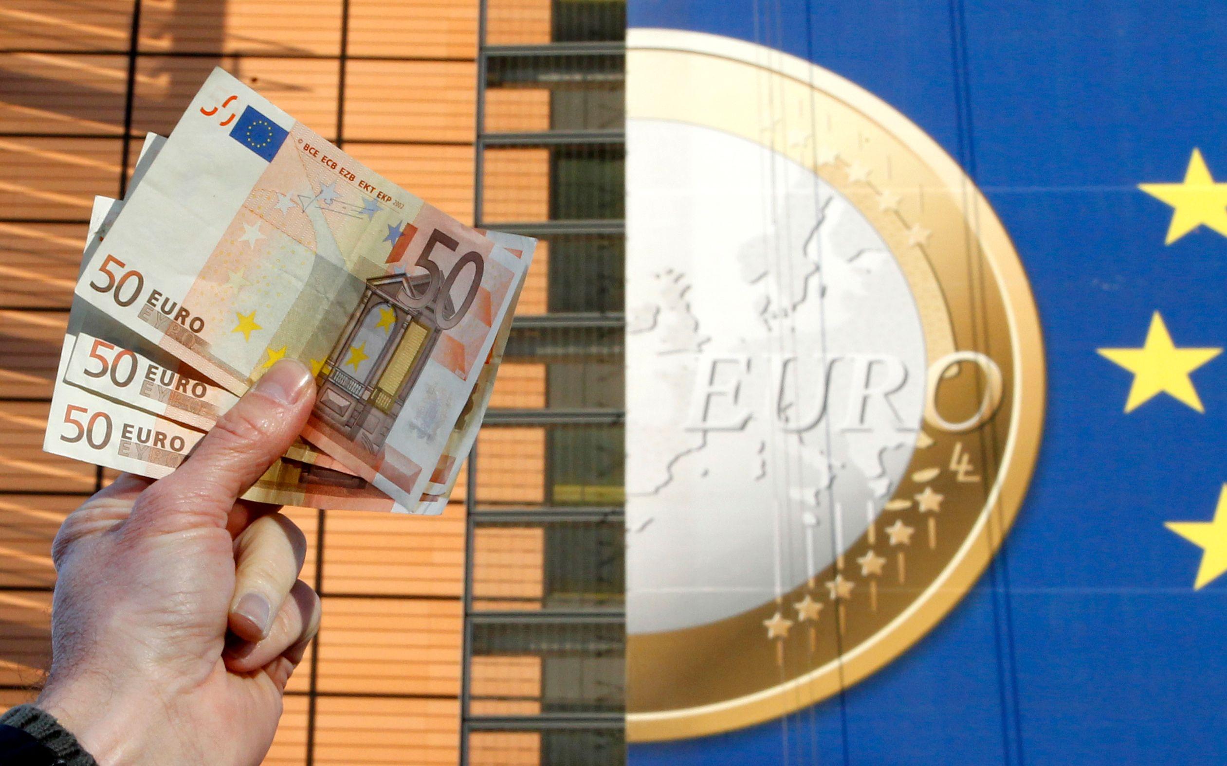 Casser l'euro pour sauver l'Europe ? Pourquoi la monnaie unique n'est qu'un faux accélérateur de croissance