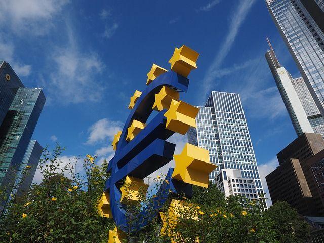 """Non remboursement des dettes publiques et crise de l'euro, même pas peur ? Radioscopie du poids politique réel des """"sans-épargne"""" en Europe"""