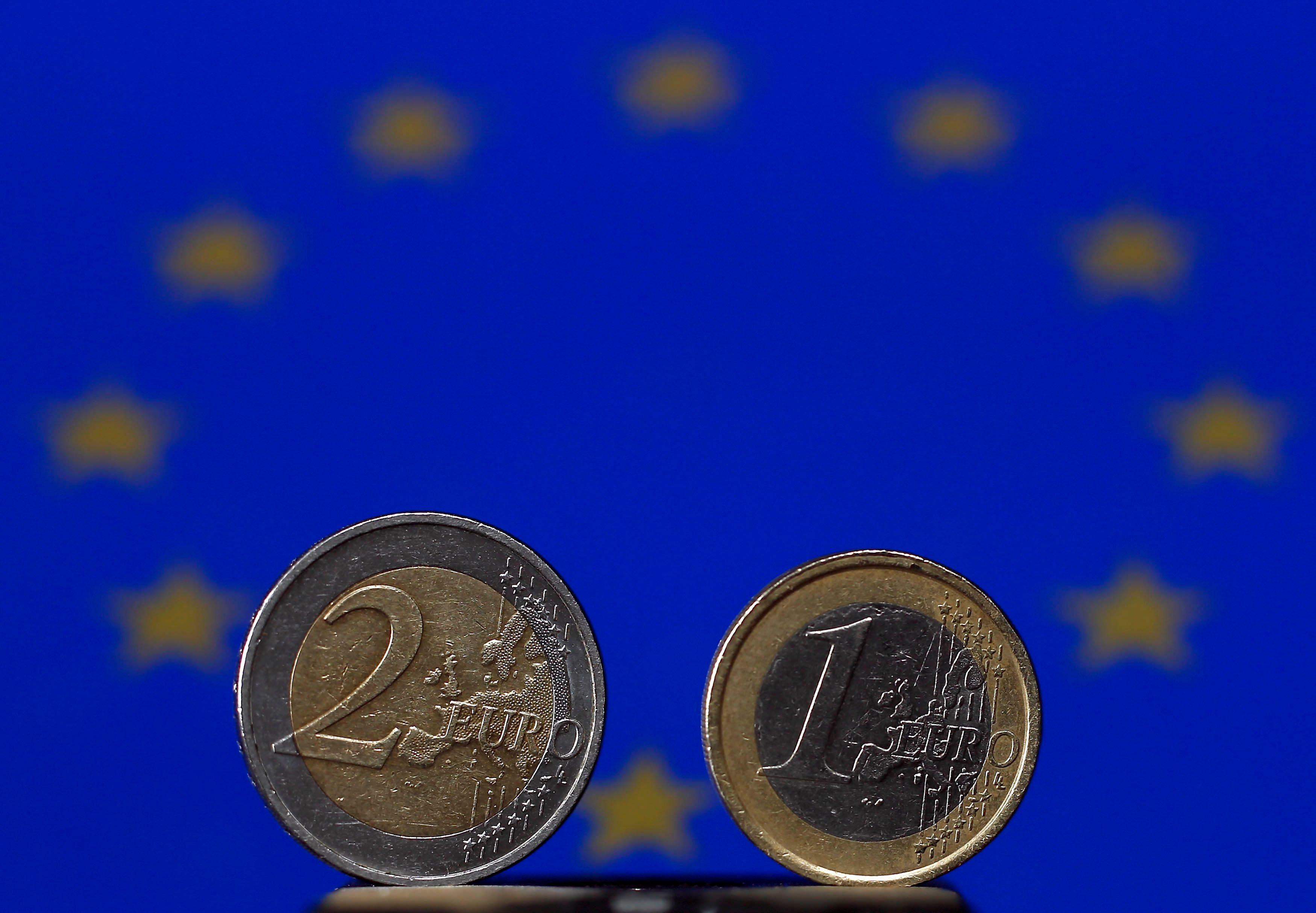 Pierre Moscovici s'est avéré incapable de défendre l'euro dans l'émission Mots Croisés.