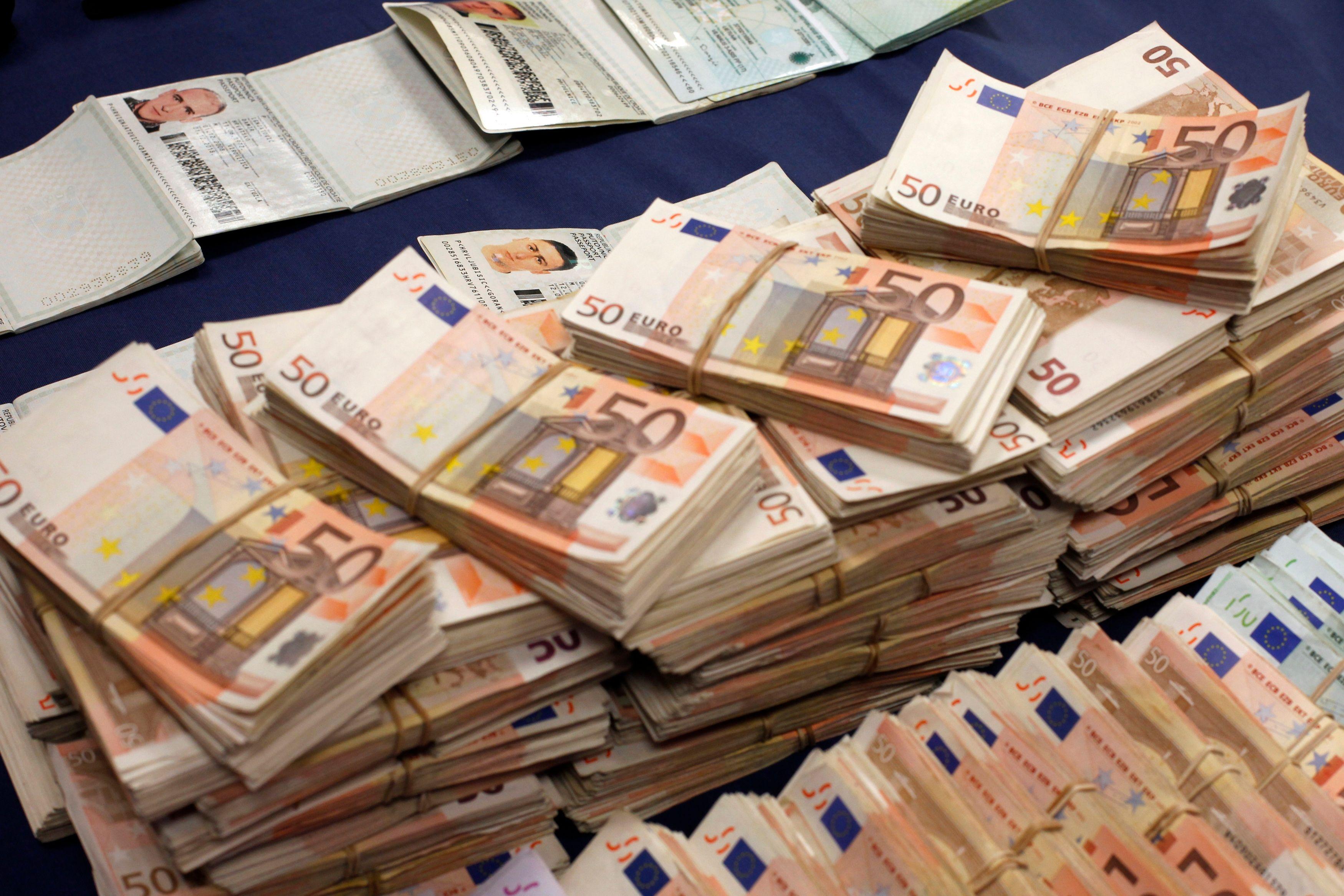 Et l'explication aux faibles hausses de salaires dans la zone euro malgré la baisse du chômage est loin d'être uniquement celle que veut bien avouer la BCE