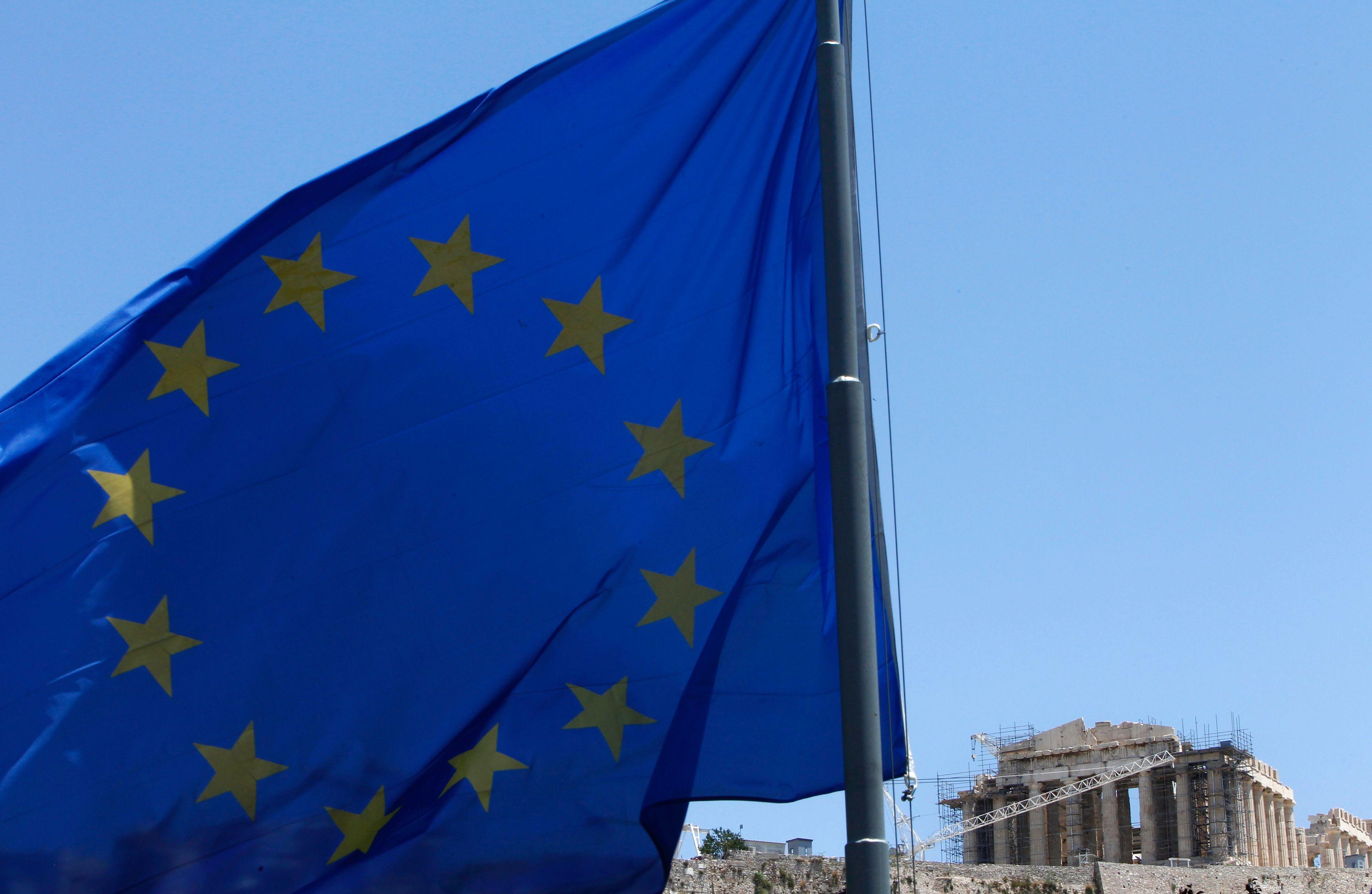 Les dernières élections européennes en attestent, les peuples européens se considèrent de plus en plus à la marge de la construction européenne.