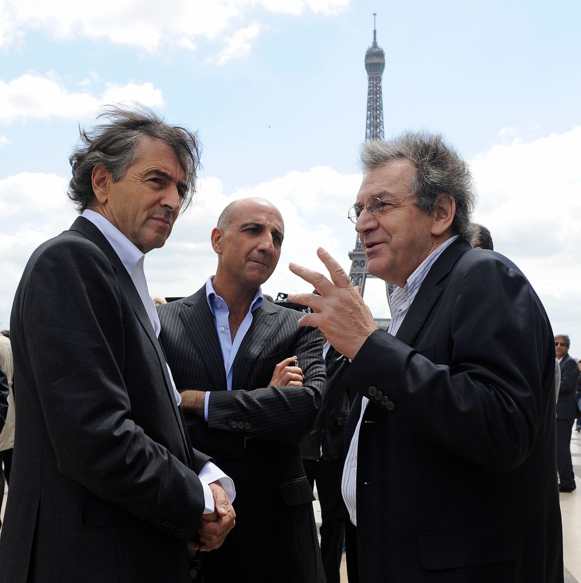 Alain Finkielkraut (à gauche de la photo).