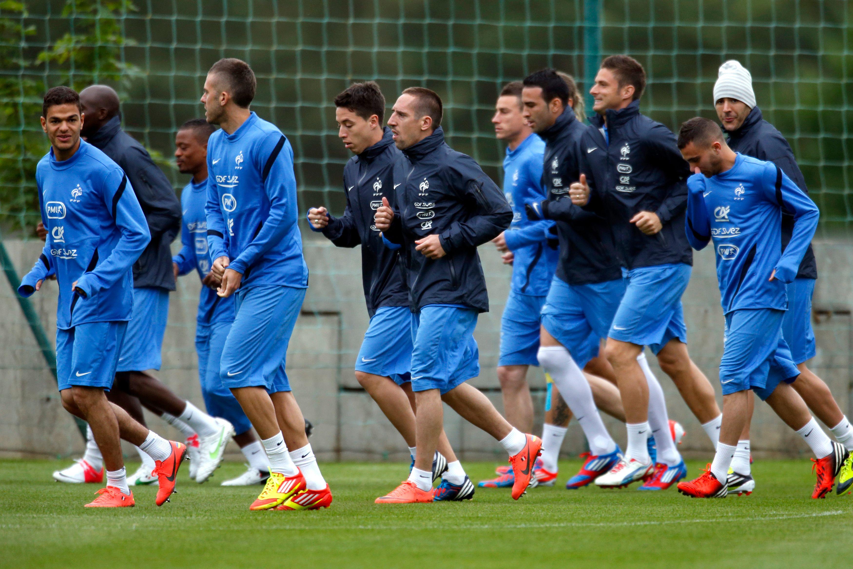 Le « footballeur bashing » est désormais à la mode en France.