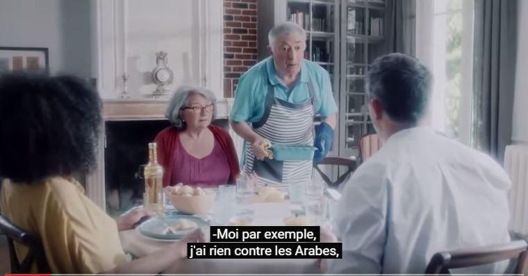 Les quatre spots diffusés sur France Télévisions veulent faire tomber les préjugés racistes avec la carte de l'humour.
