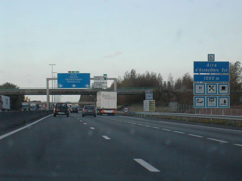 60 gens du voyage ont bloqué l'autoroute A1 de vendredi soir à samedi midi, journée classée rouge par Bison futé.