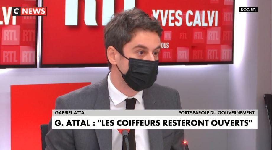 Gabriel Attal a dévoilé que les coiffeurs pourront bien rester ouverts malgré les nouvelles mesures et le confinement.