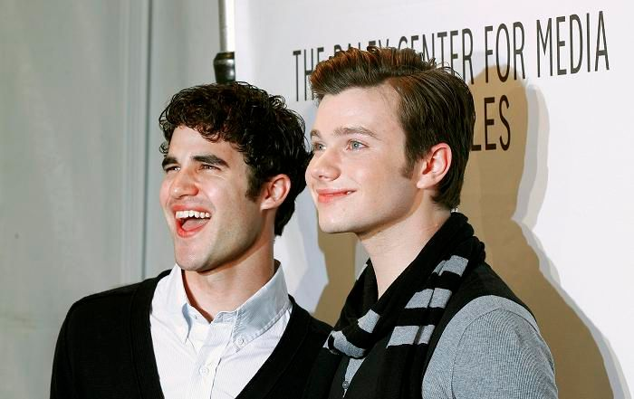 Chris Colfer et Darren Criss, les deux amoureux de Glee qui choquent l'Amérique conservatrice.