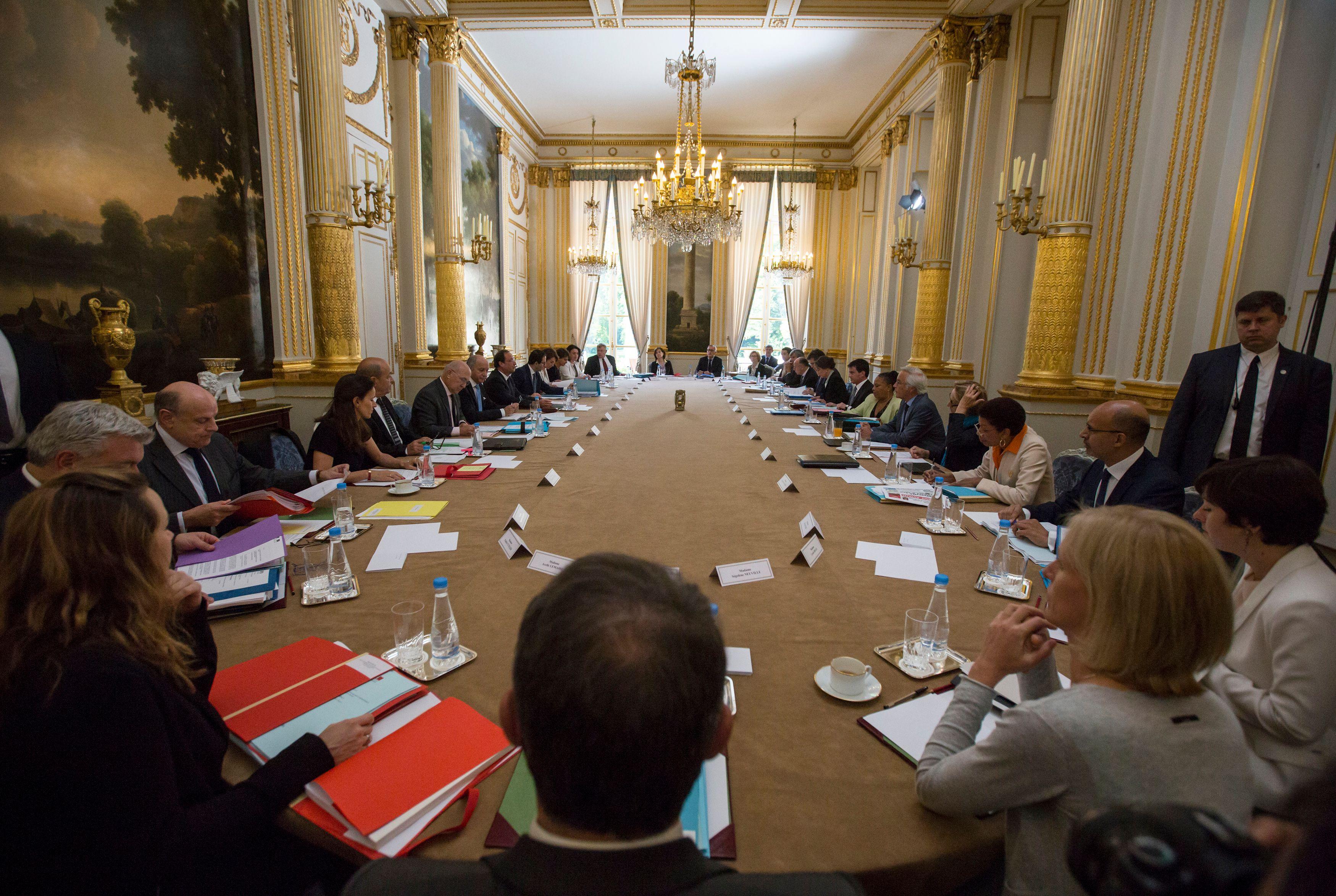 Atlantico a constitué une petite liste de devoirs de vacances à l'attention des politiques français les plus en vue