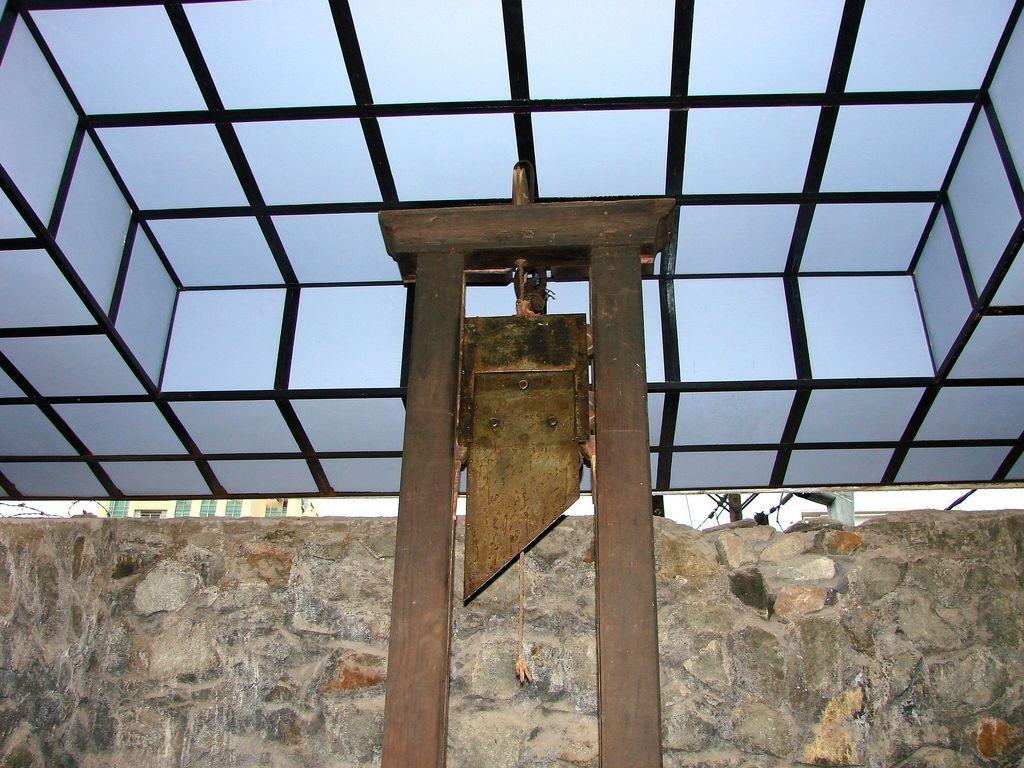 """""""Il faut déjà rappeler que la peine de mort n'était donnée que très rarement""""..."""