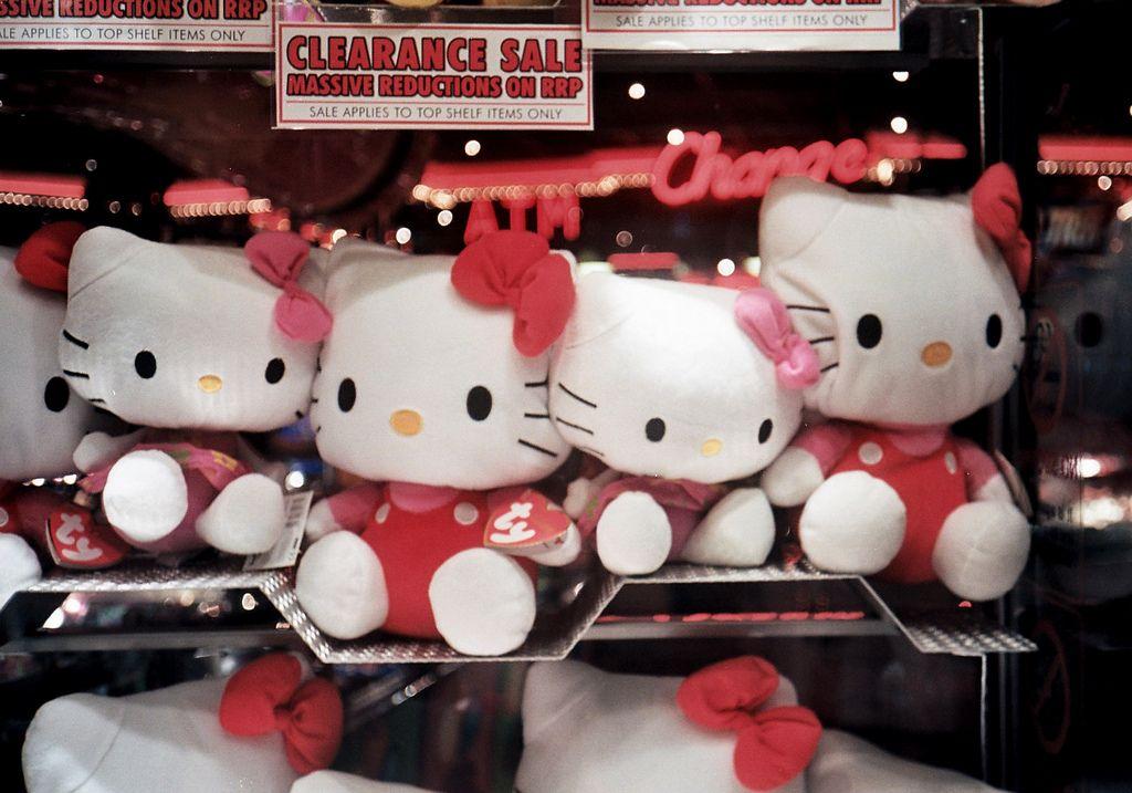 Hello Kitty ne les fait pas, mais elle vient d'avoir 40 ans.