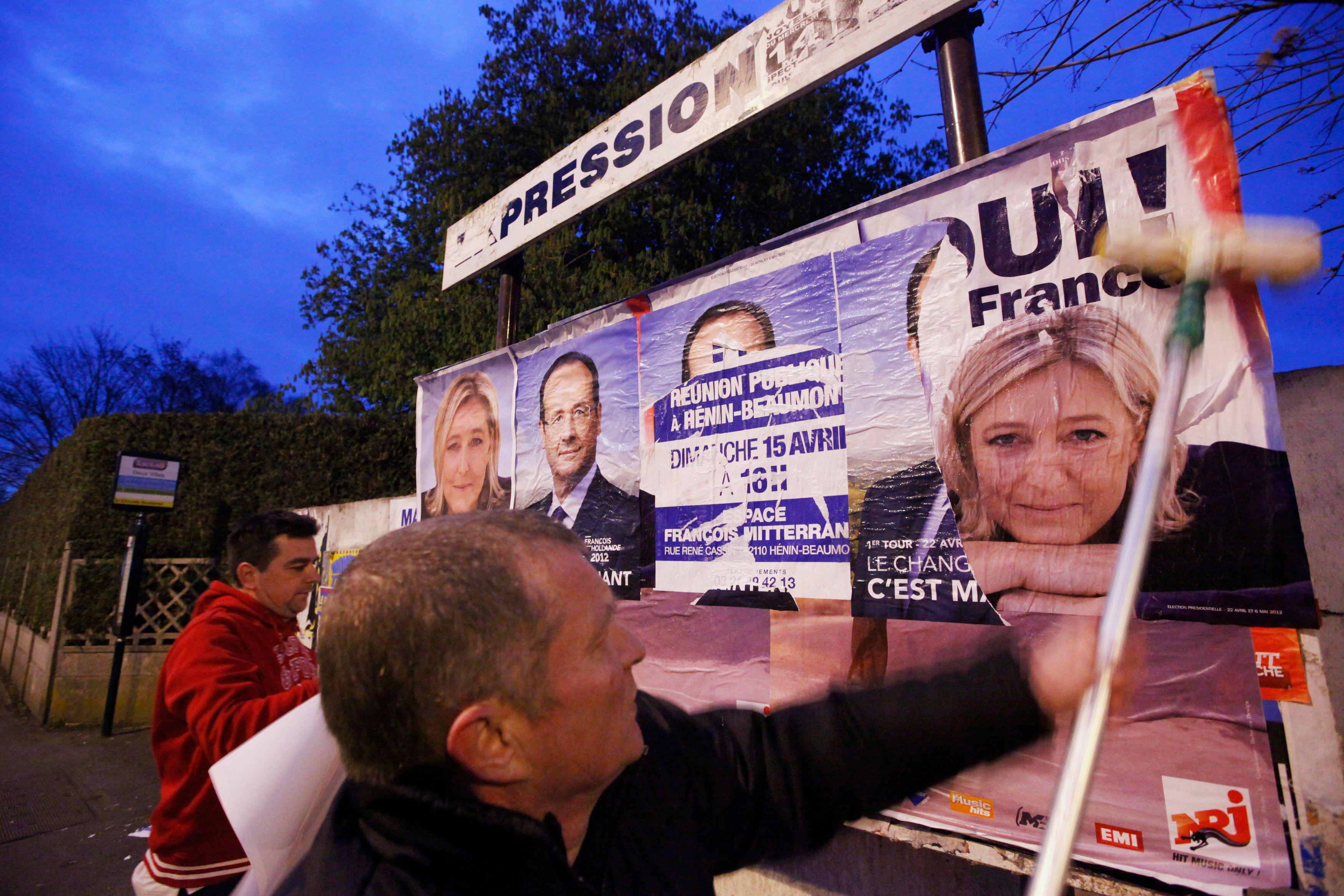 Selon un sondage, 25% des Français pensent que Marine Le Pen s'en sortirait mieux au pouvoir que François Hollande ou qu'un candidat de droite.