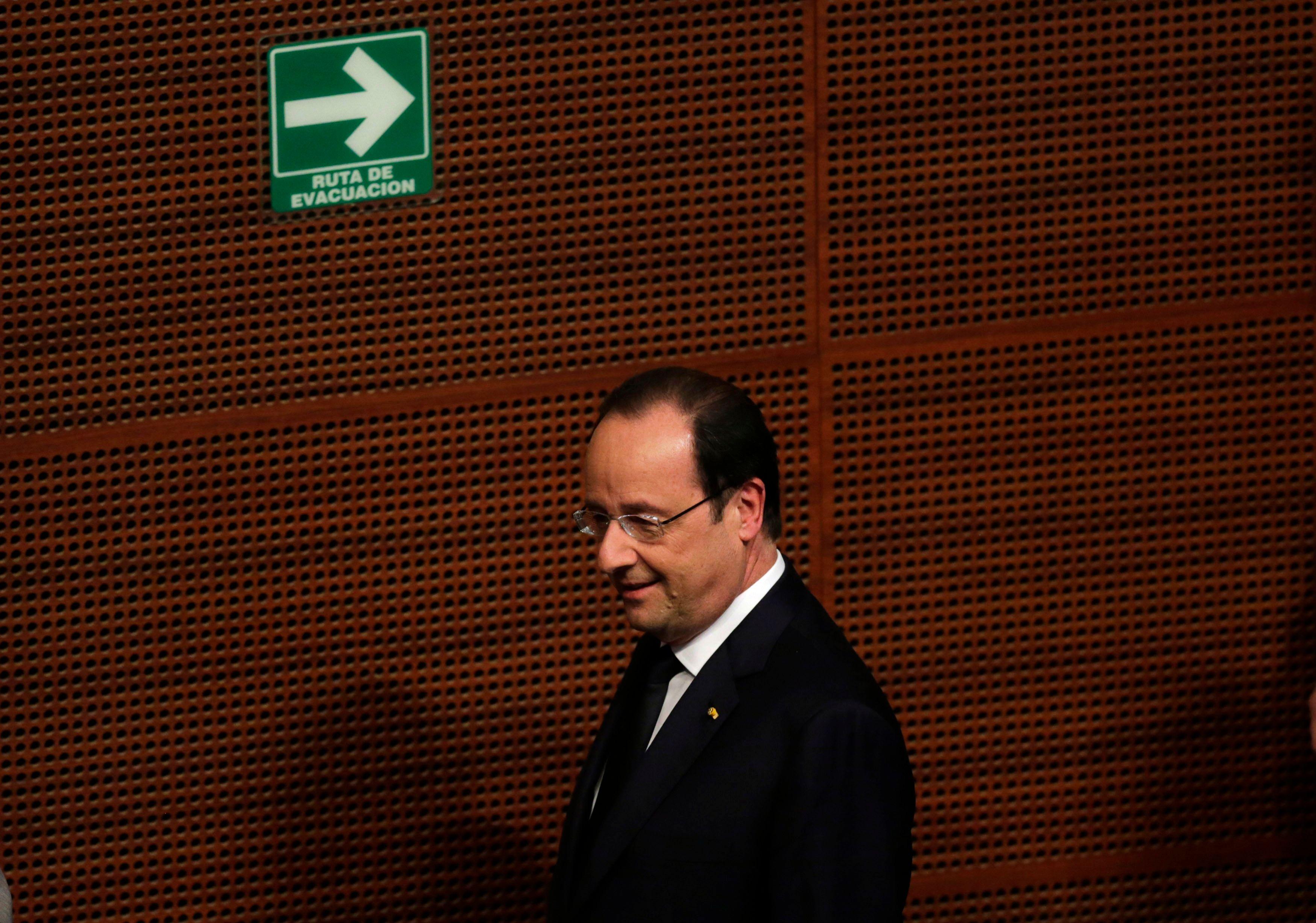 Quand un inconnu s'introduit dans la chambre de François Hollande au nez et à la barbe du GSPR