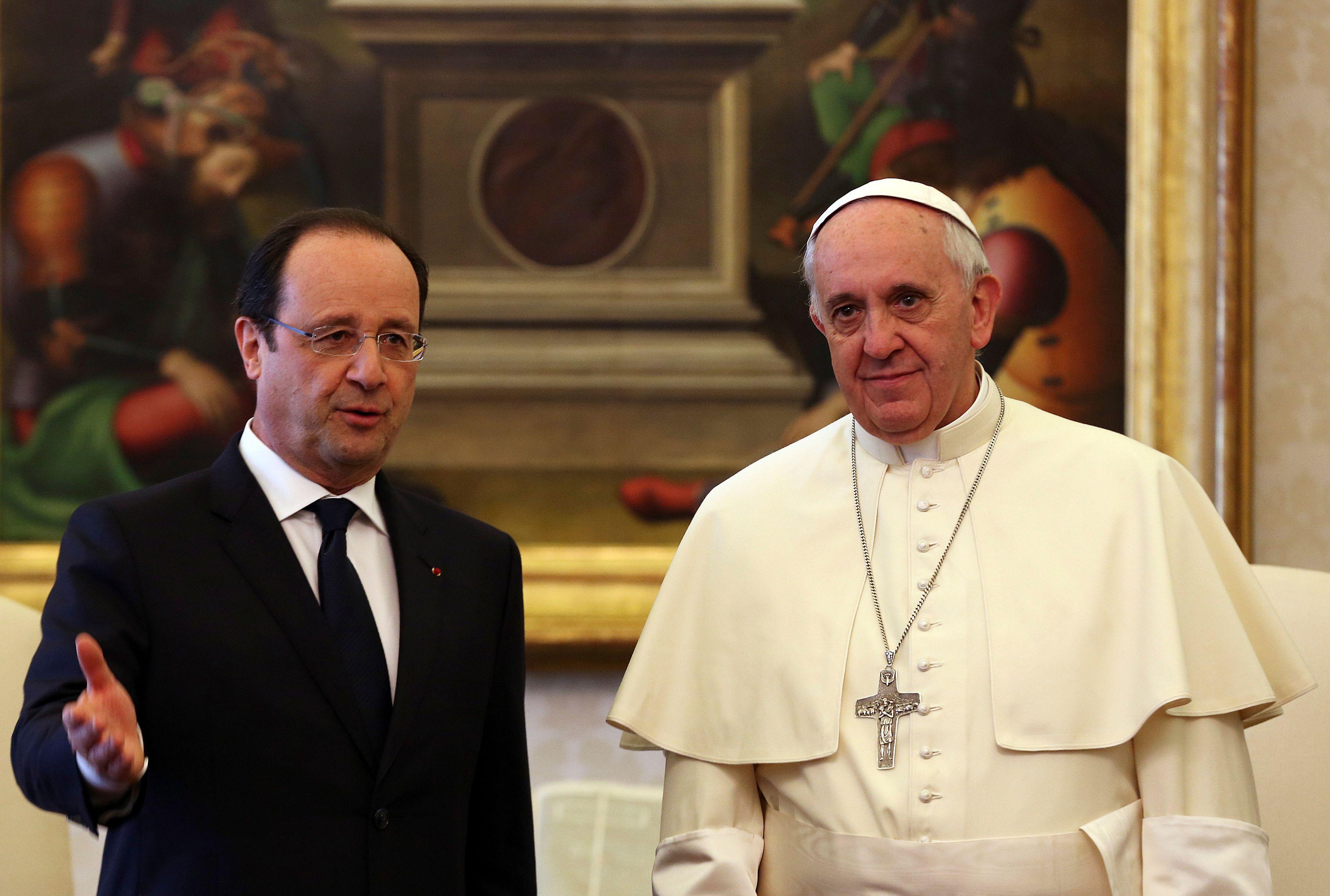 """Le pape François """"ne comprend pas la politique française"""" et ignore """"d'où vient"""" Emmanuel Macron"""
