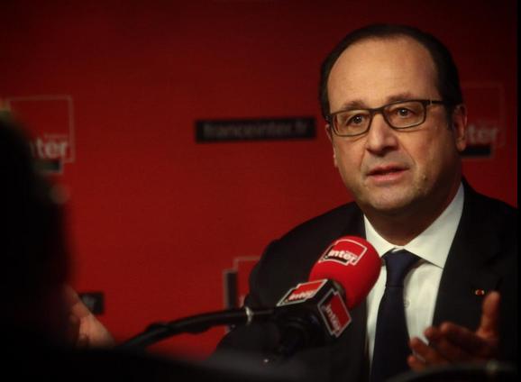 """""""Il n'est pas question de remettre en cause les principes fondamentaux de notre droit du travail"""", assure François Hollande."""