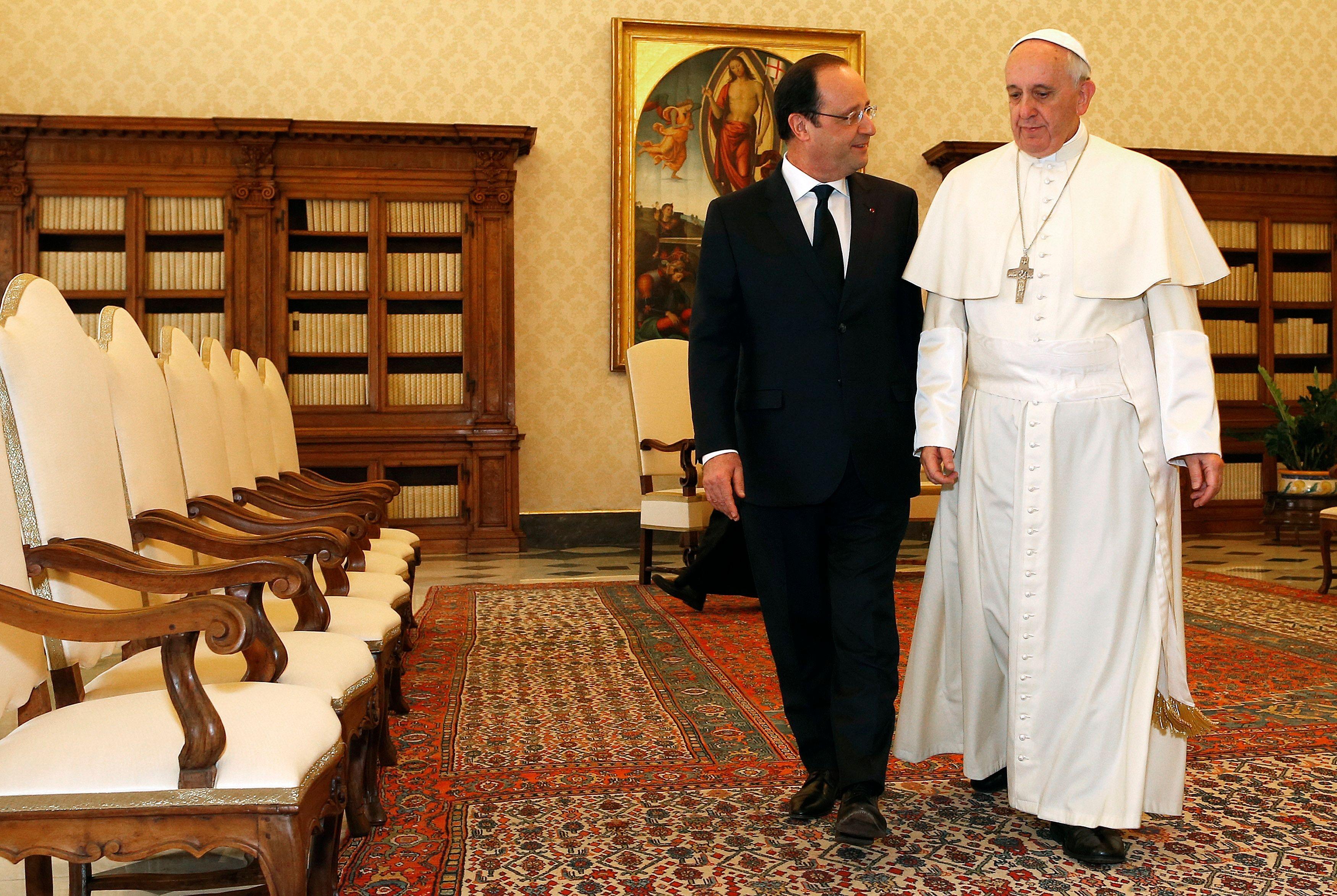 François Hollande et le Pape François.