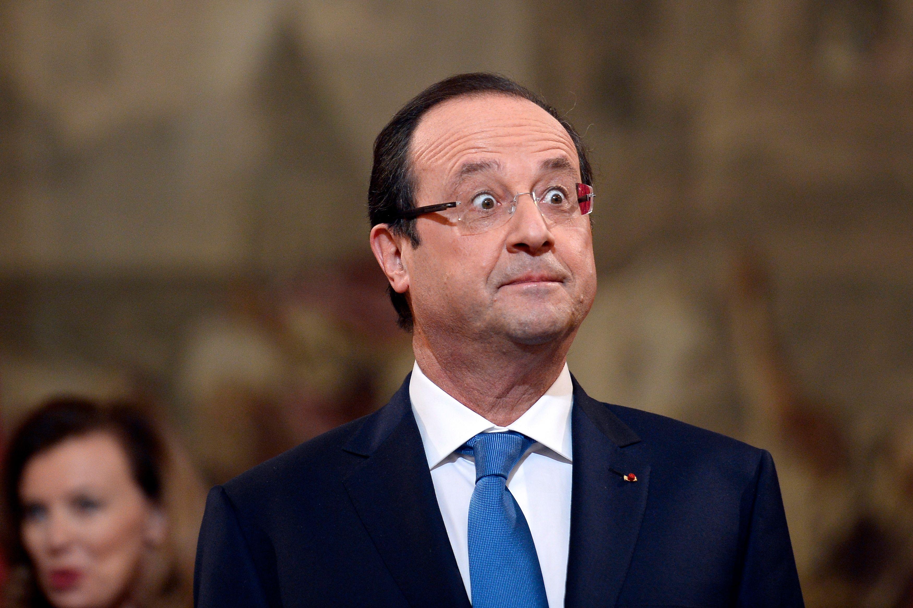 François Hollande semble de moins en moins apprécier les bains de foule.