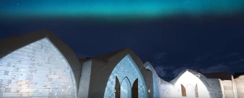 Québec : quand l'Hôtel de glace prend feu…