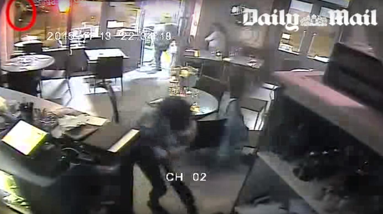 Attentats de Paris : le patron d'un restaurant visé vend les images de vidéosurveillance pour 50.000 euros