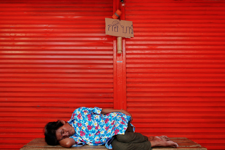 La France compte 8 700 000 pauvres, soit un taux proche de près 13,5% de la population.