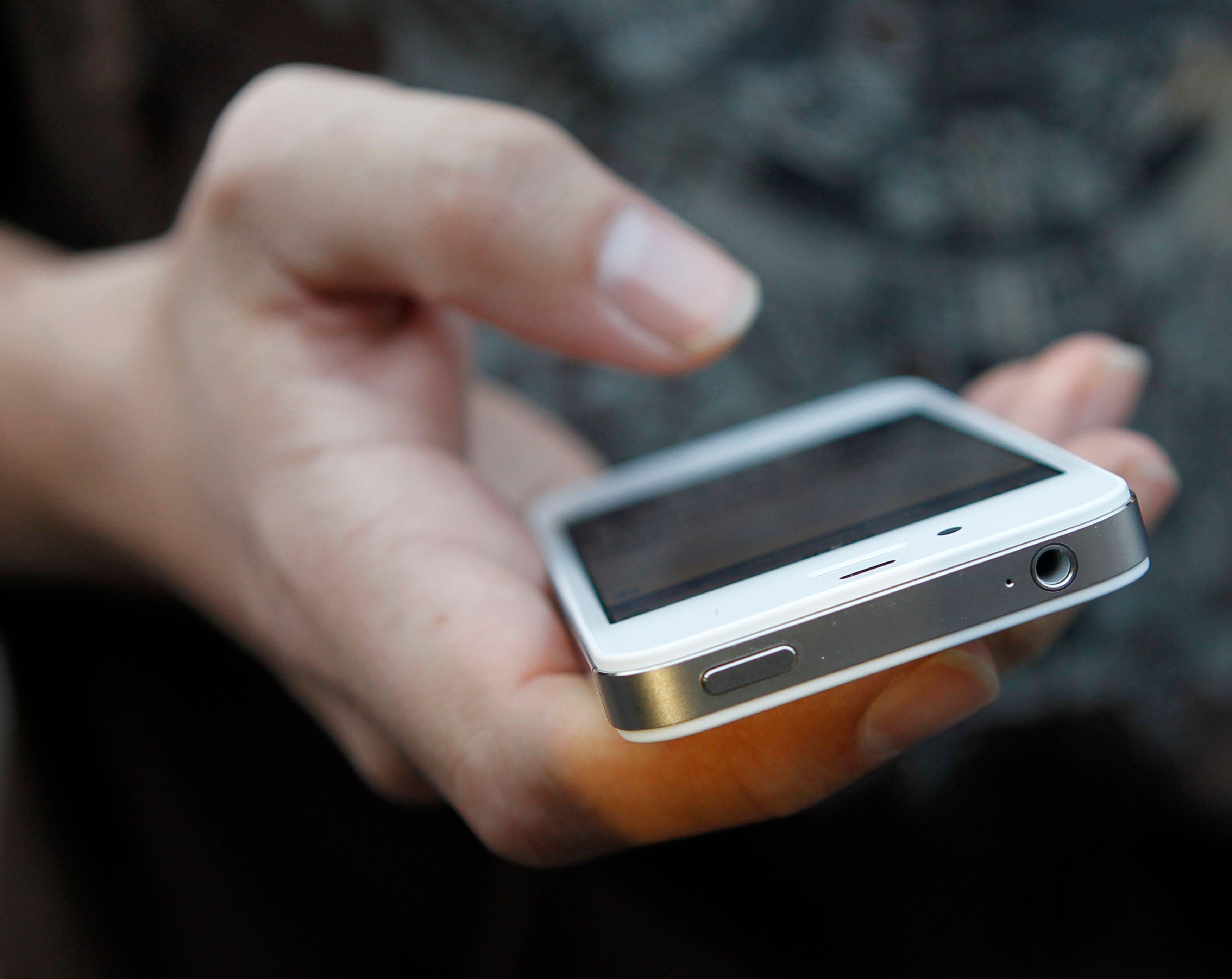 L'iPhone ne s'arrête jamais et passe son temps à rafraîchir les applications.