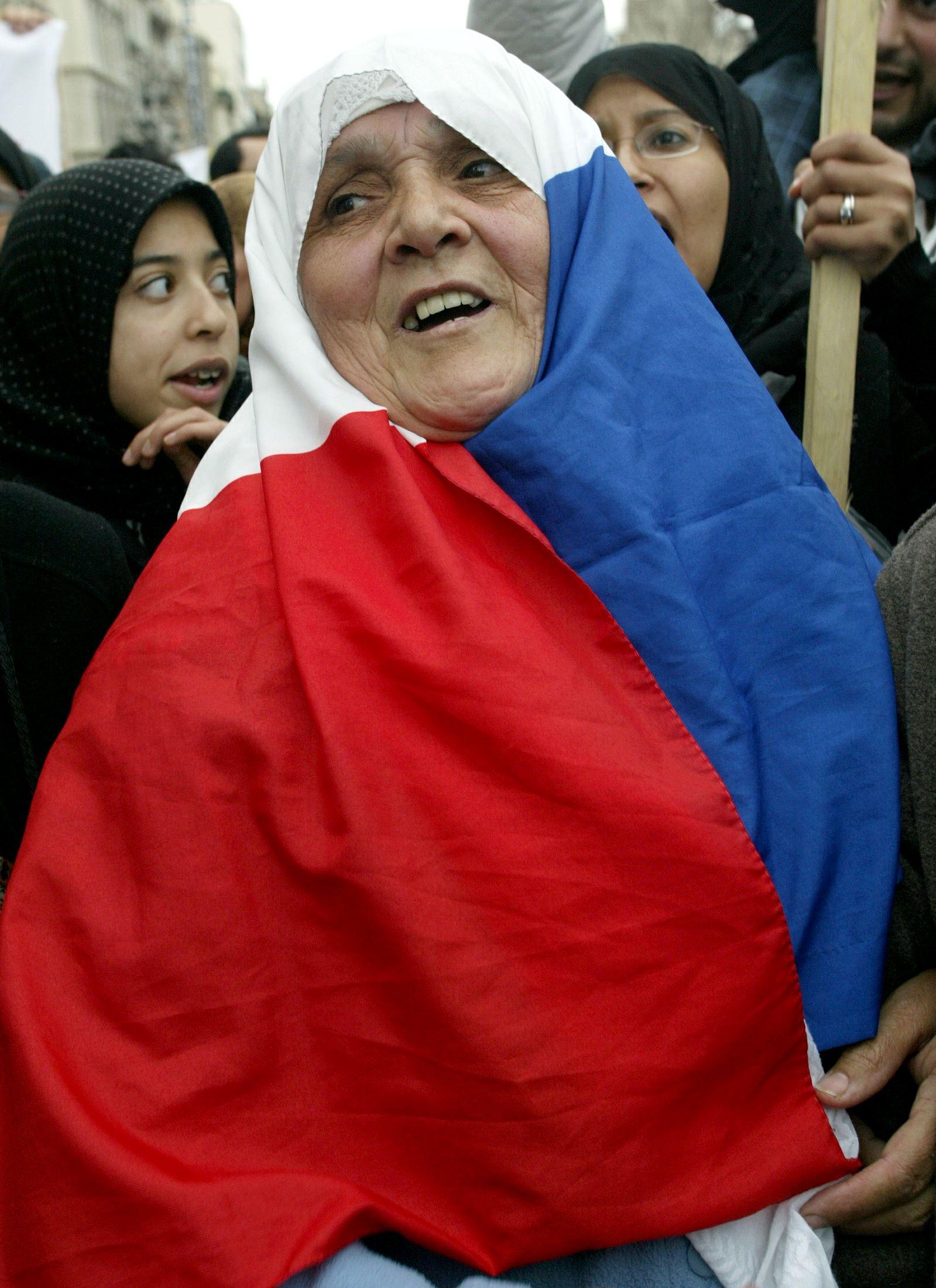 Près de trois Français sur quatre estiment que l'islam n'est pas compatible avec la société française, selon un sondage Ipsos.