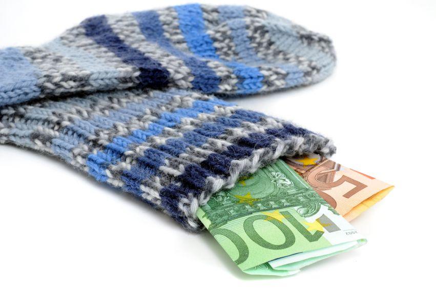 Epargne : les Français mettent de moins en moins d'argent de côté pour leur retraite