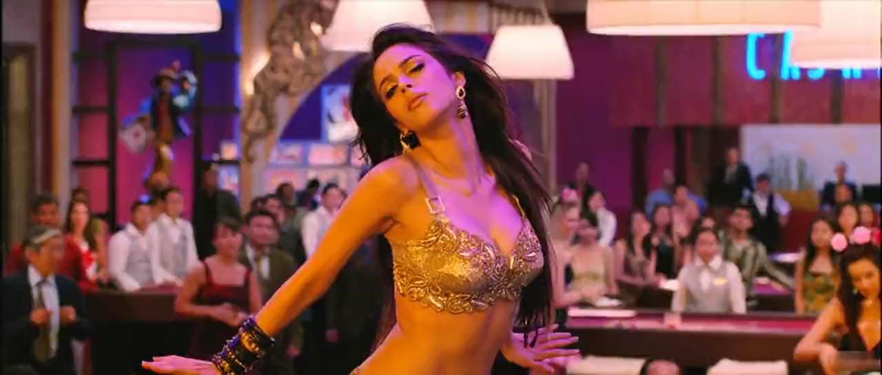 Paris : une star de Bollywood agressée par trois hommes masqués