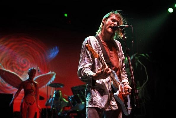 Nirvana : 25 ans après le célèbre bébé nageur reprend la pause