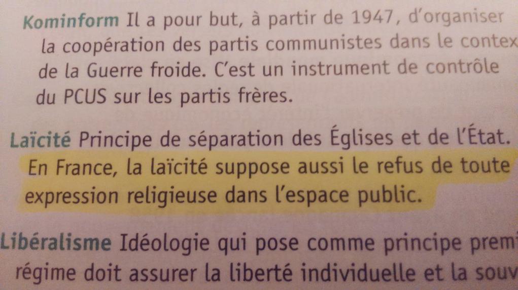 """Pour ce manuel d'histoire de Terminale, la laïcité """"suppose aussi le refus de toute expression religieuse dans l'espace public"""""""