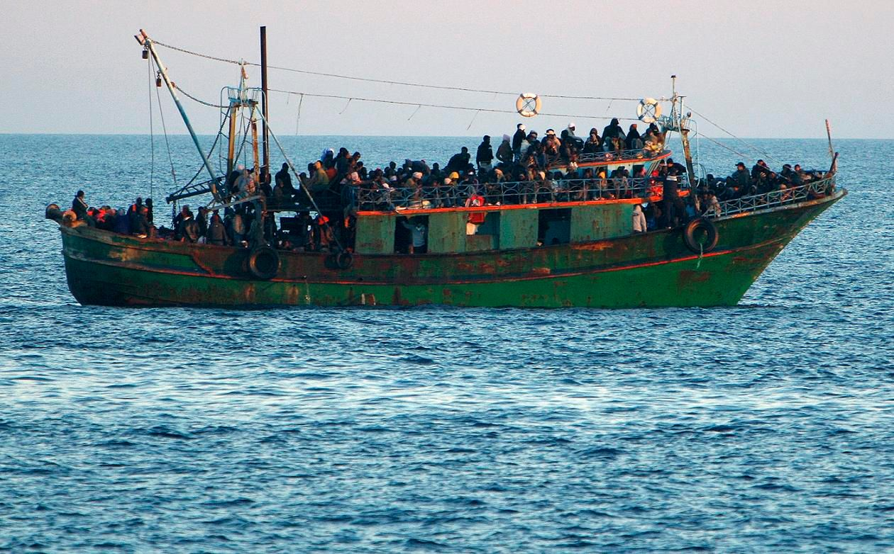 Les réfugiés tunisiens ou libyens dotés d'un titre de séjour provisoire italien doivent-ils être acceptés sur le territoire français ?