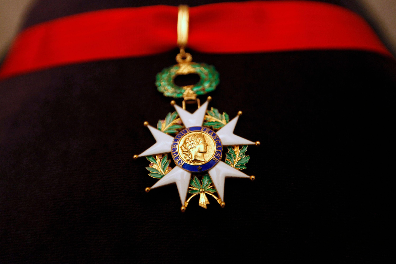 Mais au fait, comment fait-on pour obtenir la Légion d'honneur
