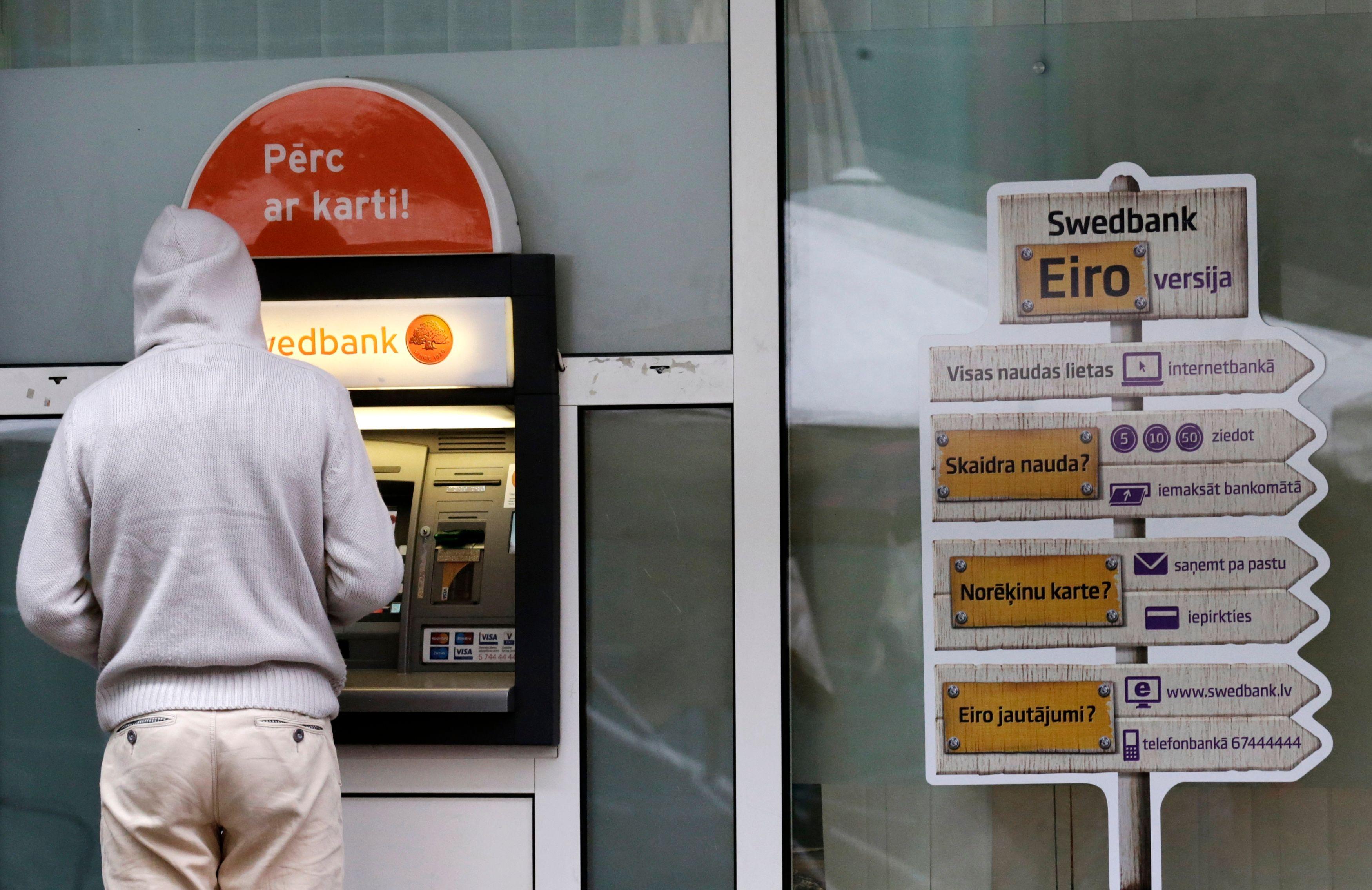 Distributeur de billets à Riga.