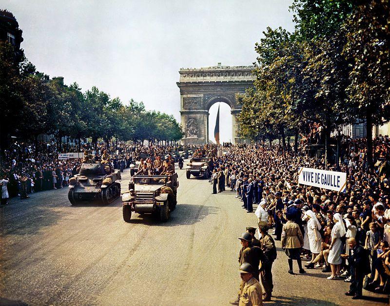 La dégradation de la tombe du général de Gaulle provoque l'émoi à droite