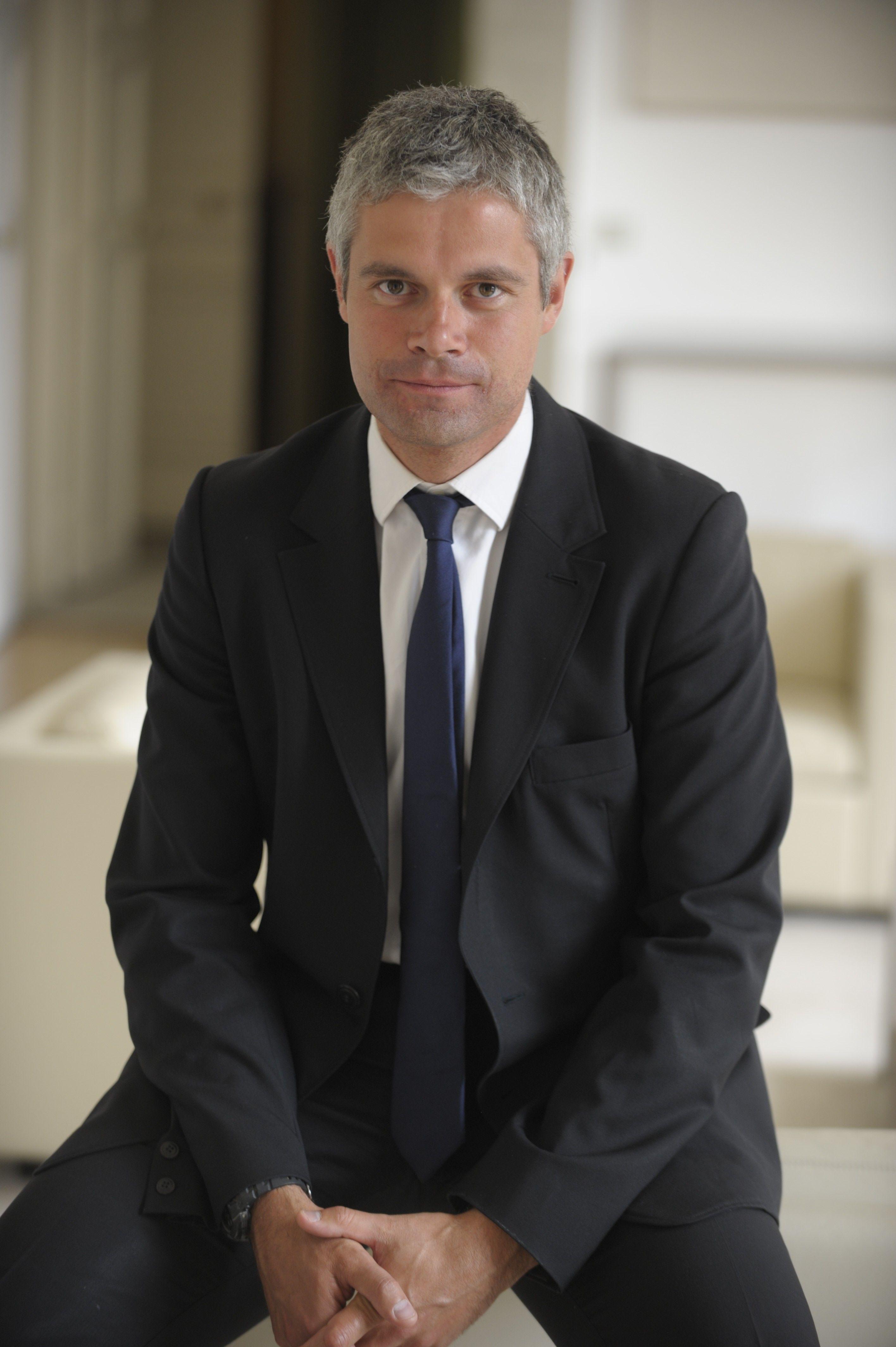 Laurent Wauquiez s'oppose farouchement à l'accueil des migrants dans sa région