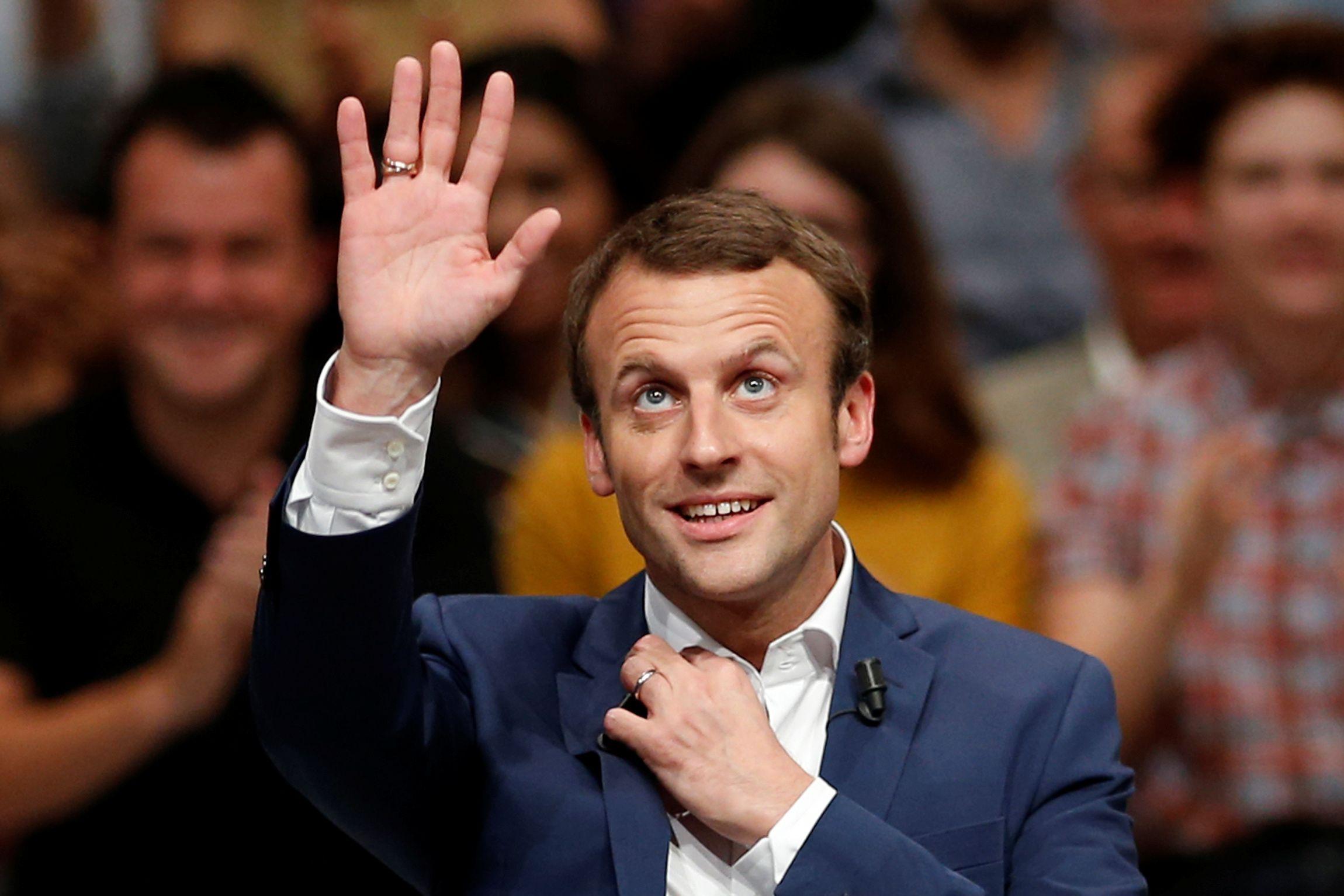 Élection présidentielle : Macron devance Hollande et Valls