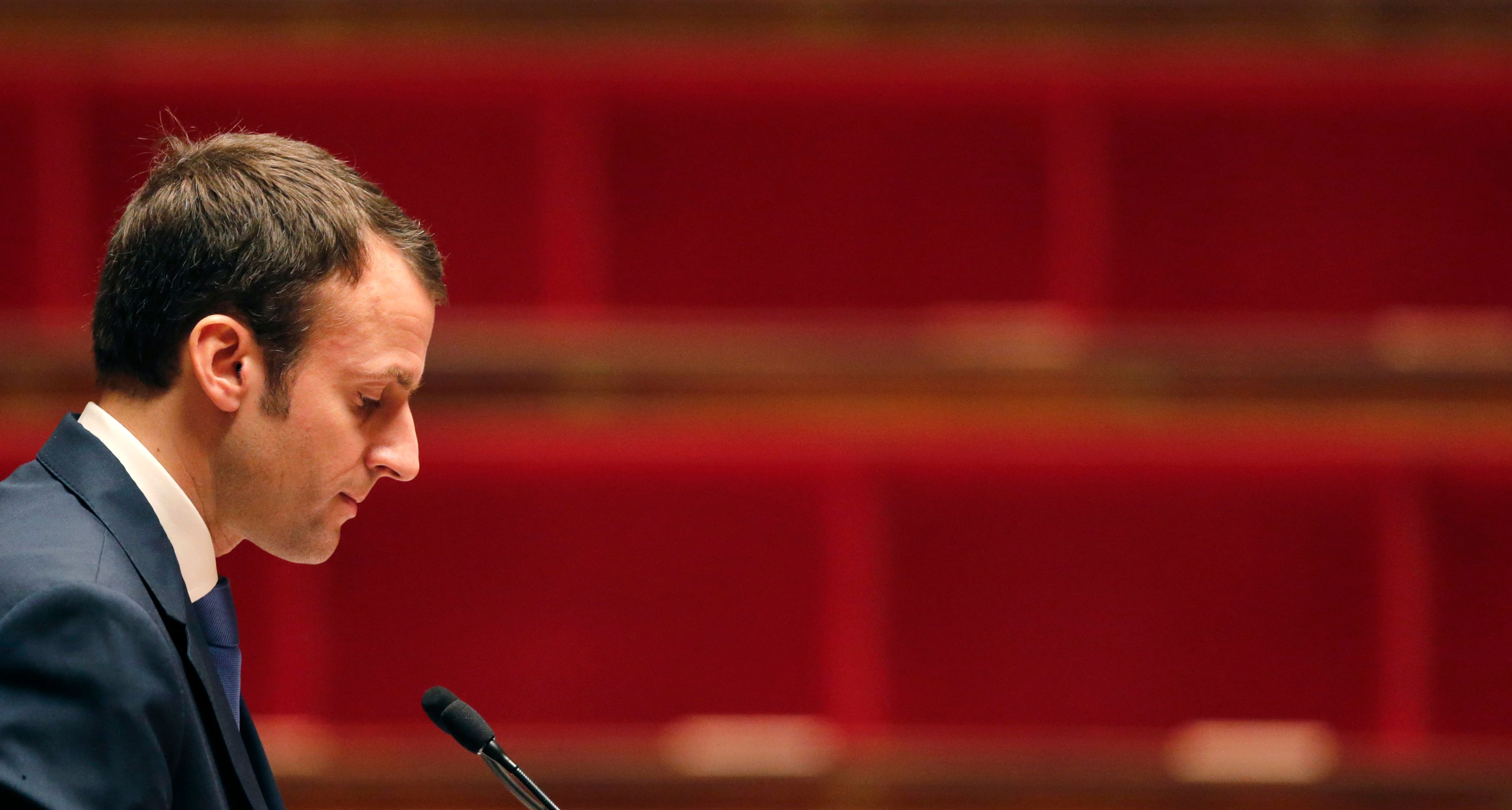 """Emmanuel Macron ne peut plus """"vendre du rêve""""."""